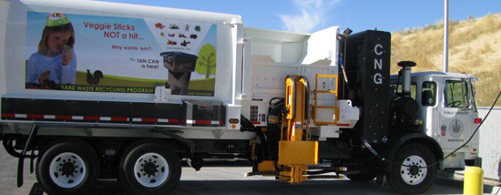 CNG-refuse-truck-fueling