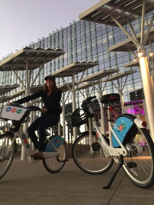 Bina tries out the new bike share program in Vegas.