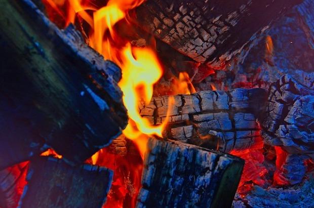 fire-2915539_640